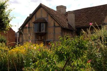 900x600-Shakespeare-home1
